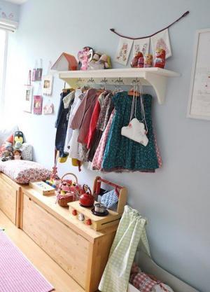 Giải pháp lưu trữ quần áo thuận tiện cho bé